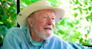 Pete_Seeger_where have all the flowers gone